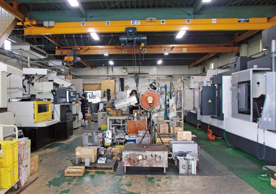 工場の機械を24時間フル稼働させているので生産性が上がり、従業員の残業を減らすことができた