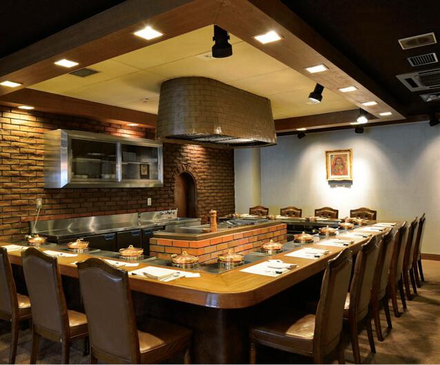 近江牛やその他の和牛の料理が味わえるレストランも人気だ