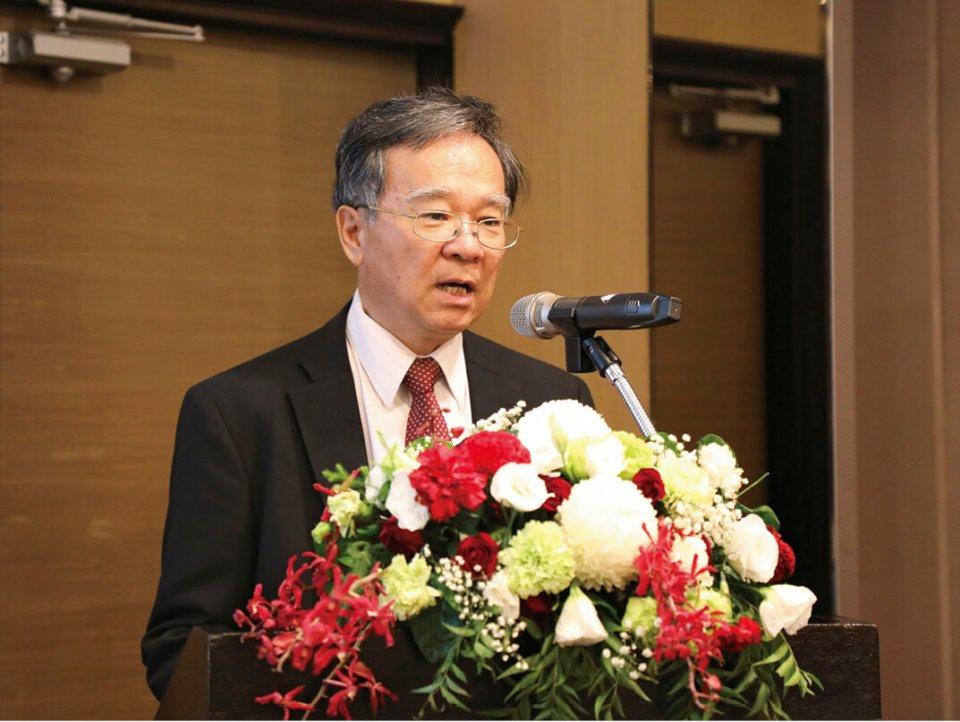 「台湾と日本の歴史的つながり」について講演する台湾三三青年会顧問の鍾維永氏