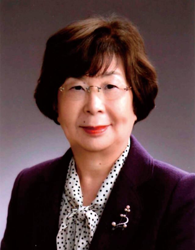 井上 弓子(いのうえ・ゆみこ) みやぎ・やまがた女性交流機構 会長 髙島電機代表取締役会長、山形商工会議所女性会会長。2003年に祖父が創業した髙島電機の社長に就任し、4代目として経営に携わる一方、同機構会長として山形県の働く女性の意識改革と地位の向上に努める。東日本大震災以降、復興支援にも尽力