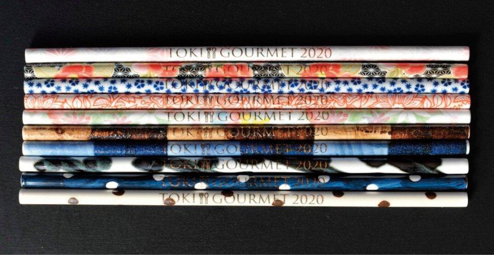 「トキグルメ」専用ストローは、ロゴ入りで10種各1980円(税込)、専用洗浄ブラシ付き