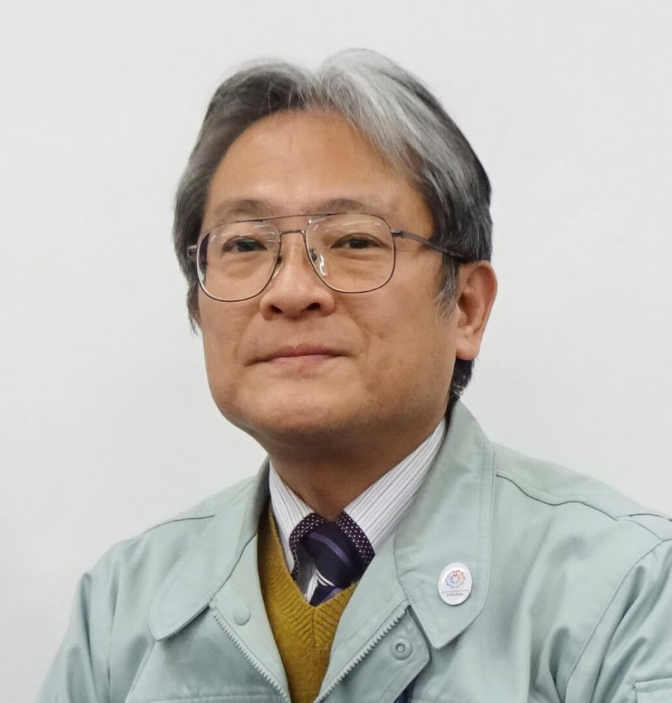 大阪商工会議所西支部の支部事務局長・森川博雄さん。森川さん自身も、今回の感染防止具の組み立てに立ち会っている