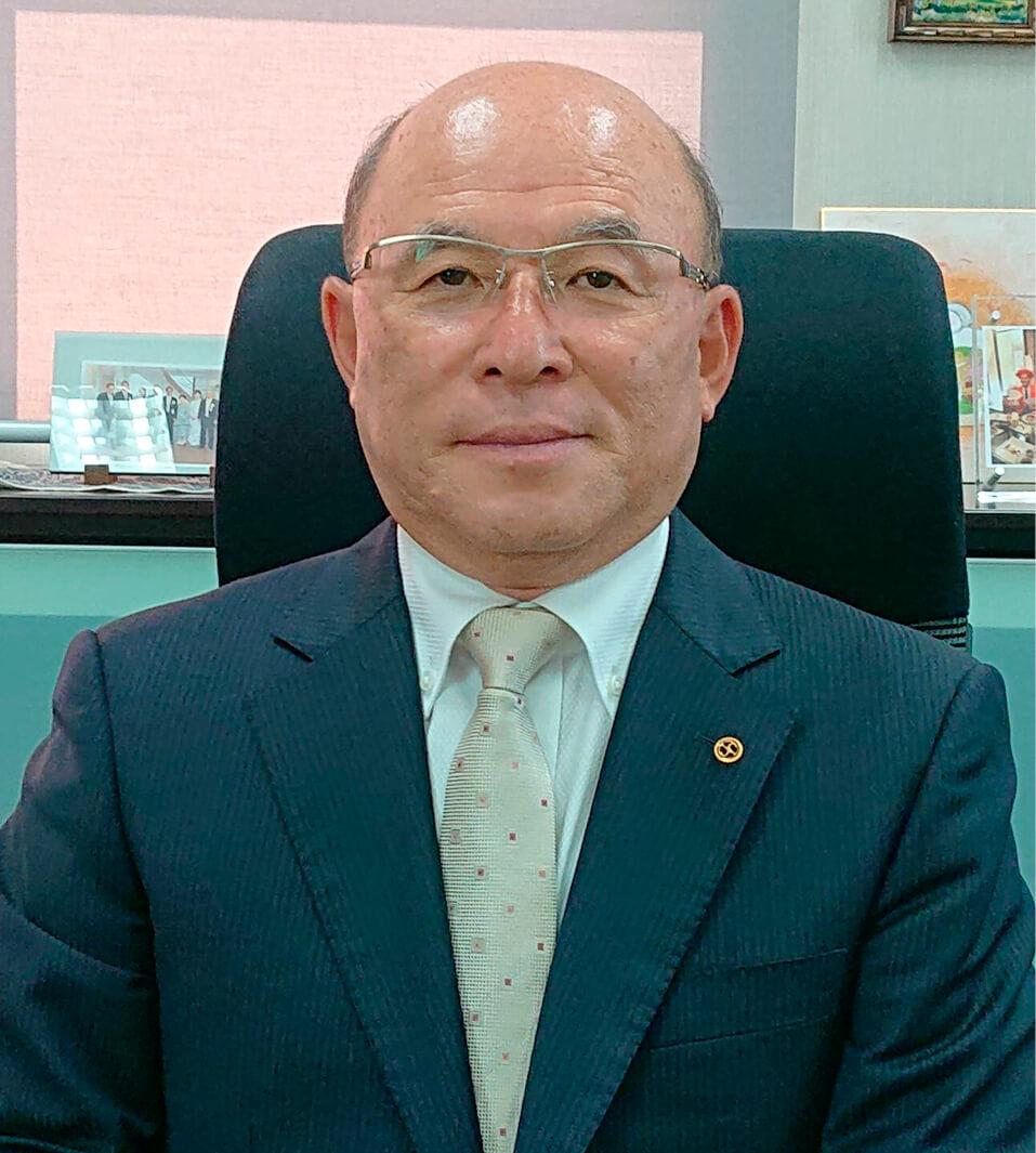 「飯田で成長した企業として、感染症予防商品も地域貢献につなげたい」と語る川手清彦社長