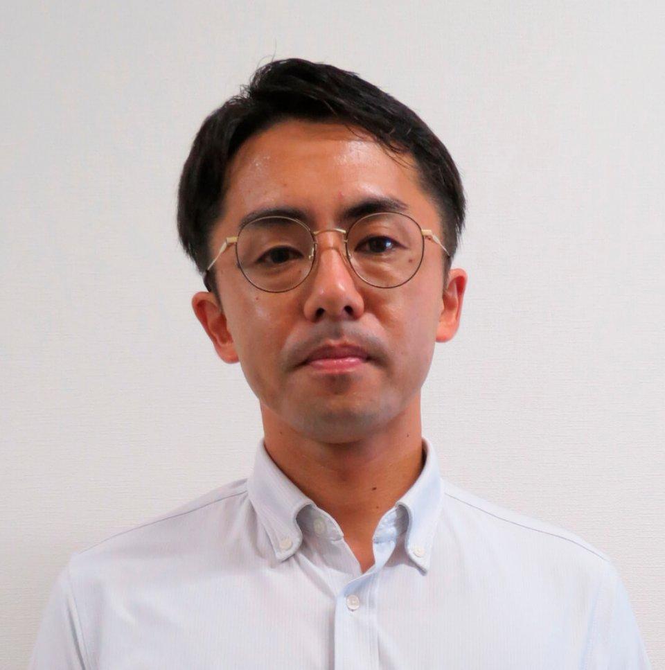 「コロナ対策は、接客や商品の陳列方法など基本的な店舗のあり方を見直すきっかけになりました」と語る前田大志専務