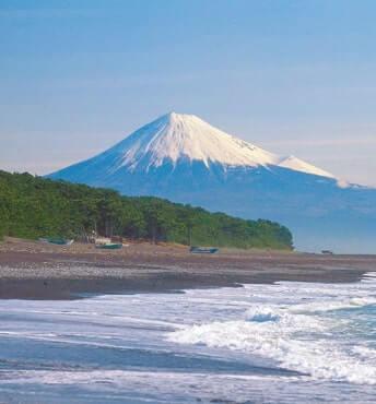 今大会の二大シンボルの富士山