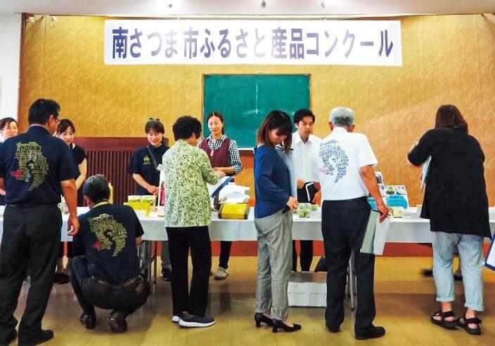 6月4日に行われたコンクール審査風景